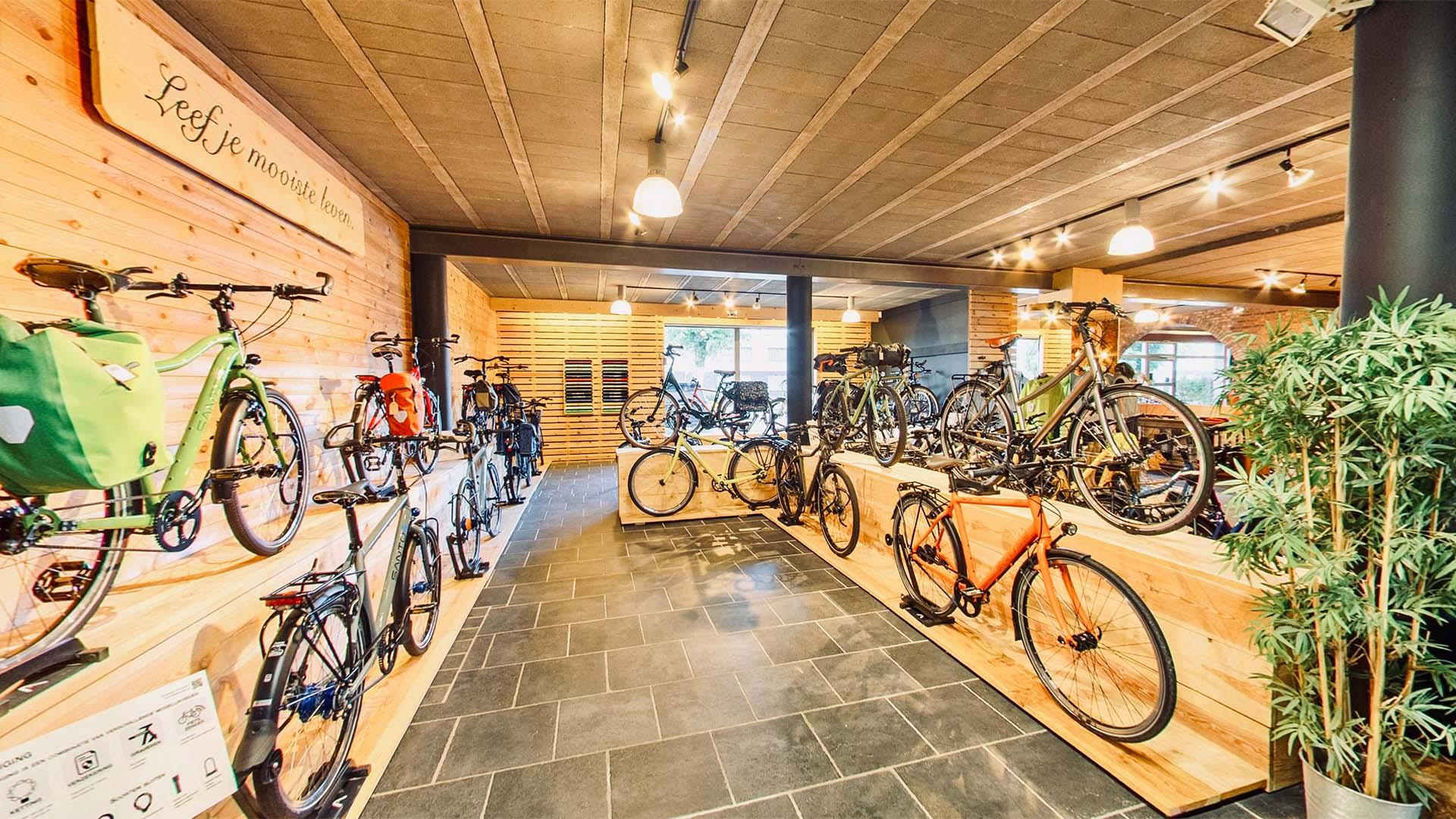 Interieur van fietsen jurgen 2
